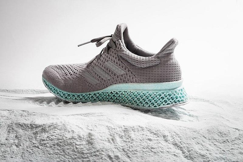 Adidasy 3D z morskich śmieci