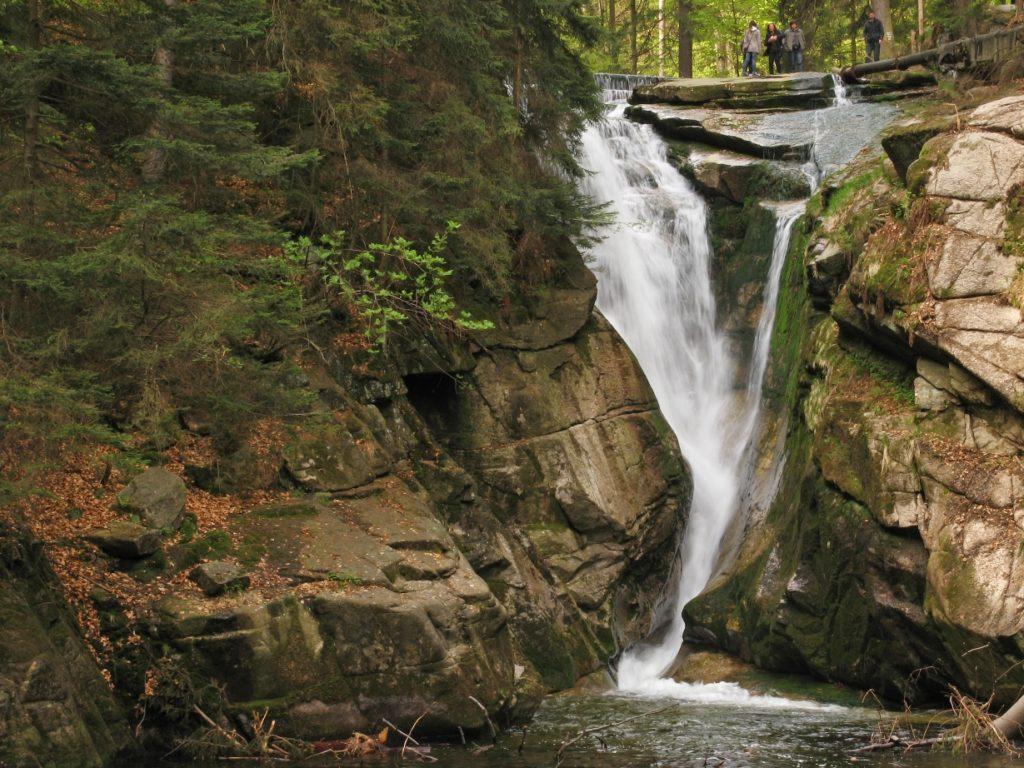 ochrona_przyrody_w_polsce_wodospad_szklarki_KPN