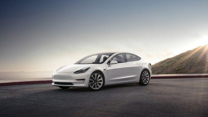 Tesla Model 3 / Źródło: Tesla