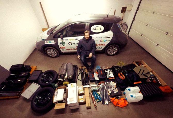 elektrycznym autem przez Afrykę bagaże