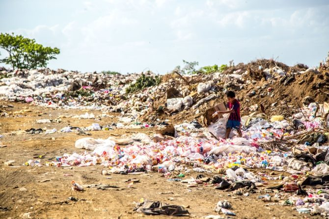 zanieczyszczenie plastikiem nikaragua hermes rivera