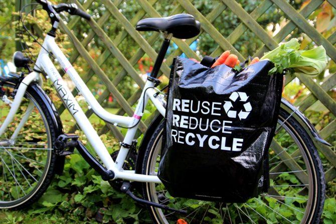 zakupy na rowerze torba Bikezac