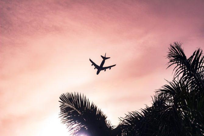 podróżowanie neutralne dla klimatu samolot