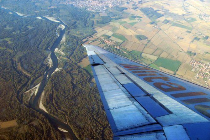 latanie samolotem